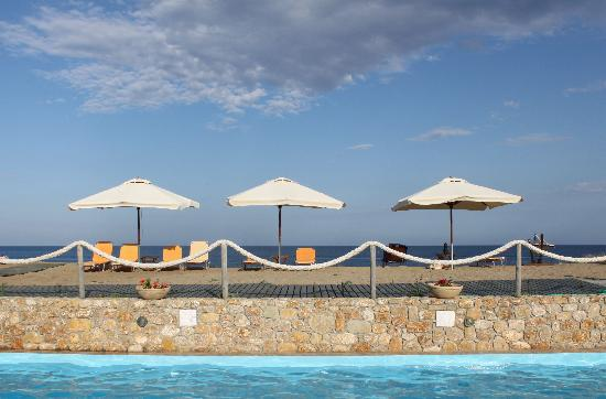 Hotel Vina: pool - beach