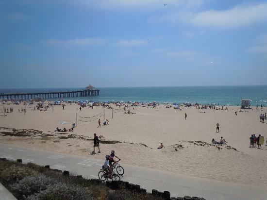 BEST WESTERN Redondo Beach Galleria Inn: the Beach just down the street