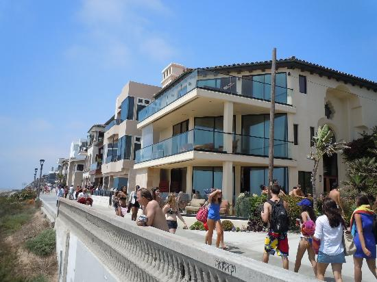 BEST WESTERN Redondo Beach Galleria Inn: beautiful Beach Houses