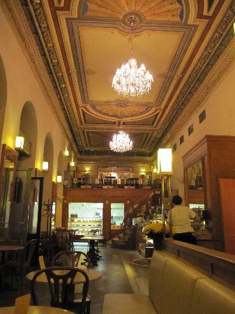 Cafe Savoy: Intérieur du Savoy
