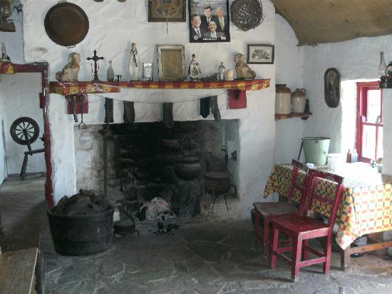 Dan O'Hara's Homestead Farm: Inside the Cottage