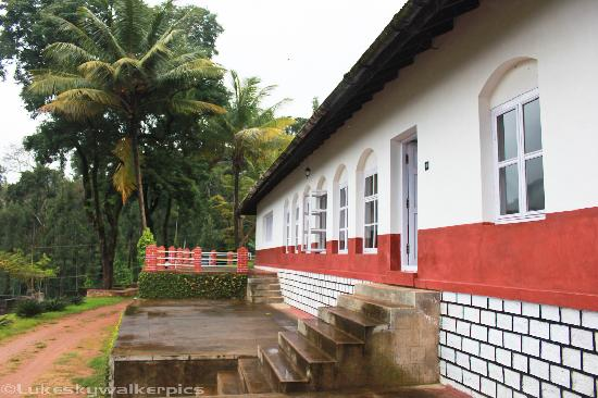 Linger at Balur Estate : The Bungalow at Balur Estate