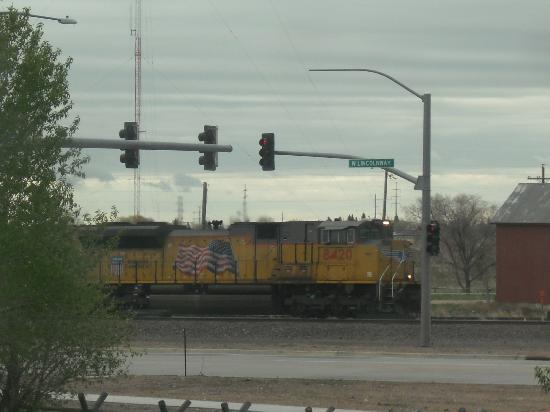Days Inn Cheyenne: For a railroad fan - what a view!