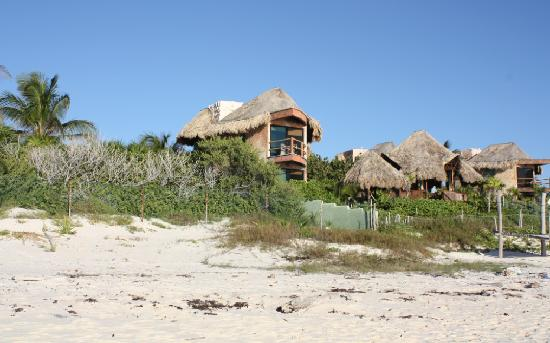 Suenos Tulum: View of the La Luna cabana from the beach