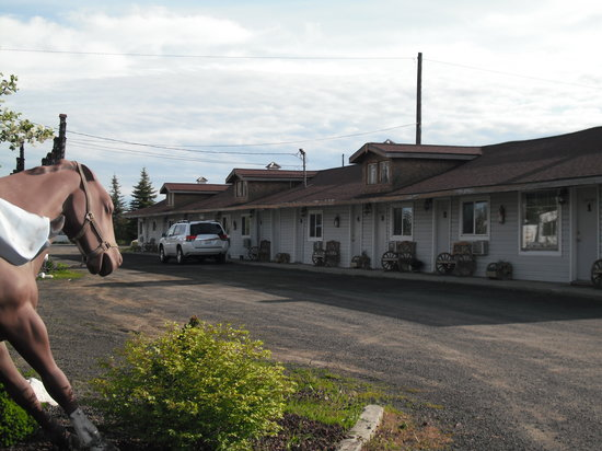 Motel room building, Black Bear Motel, Davenport WA