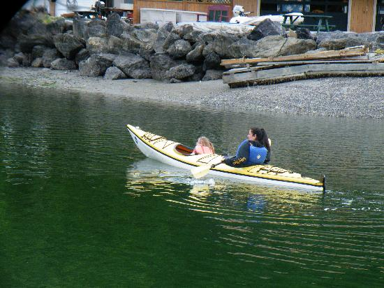 Crystal Seas Kayaking - Day Tours: Off we went!