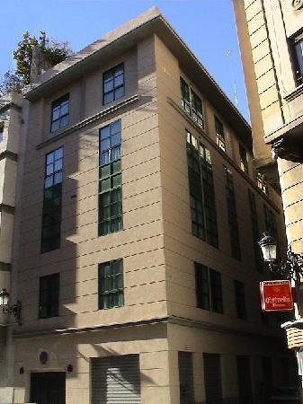 Apartamentos Gascons : Edificio -Building