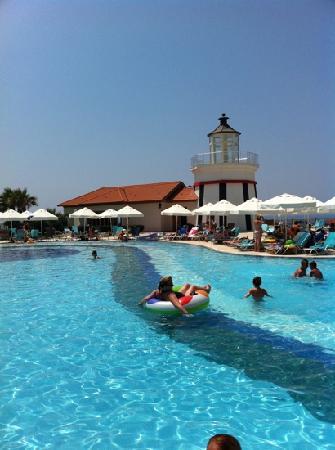 Sealight Resort Hotel: pool whit brine??????
