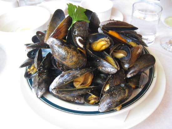 Creeler's of Skye: what a portion of fresh mussels