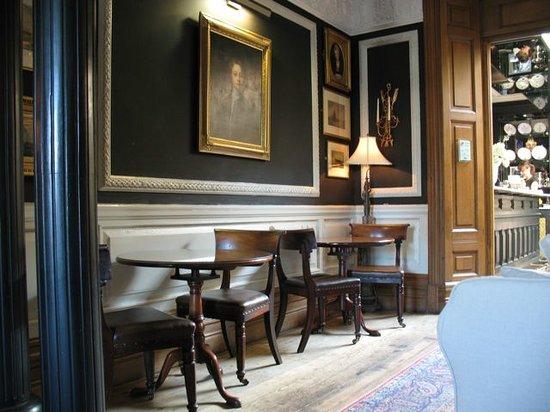 Osborne's Cafe and Grill : Osborne House