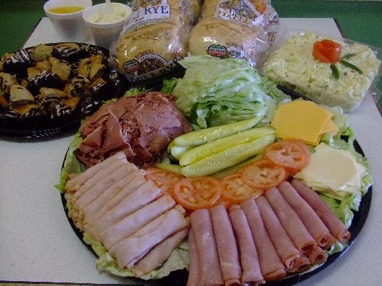 Freshlys Gyros & Cornedbeef: Deli and Sandwich trays for any occasion.