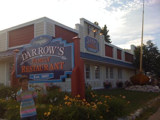 Darrow's Family Restaurant: front entrance