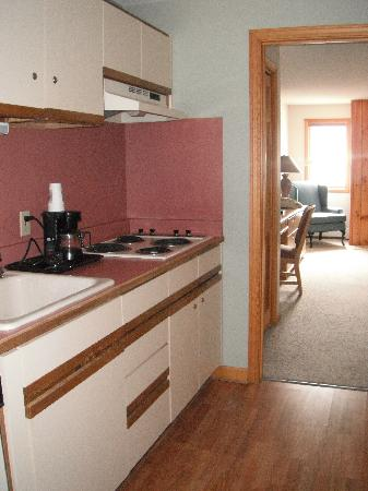 Woodwards Resort & Inn: fully equipped kitchen