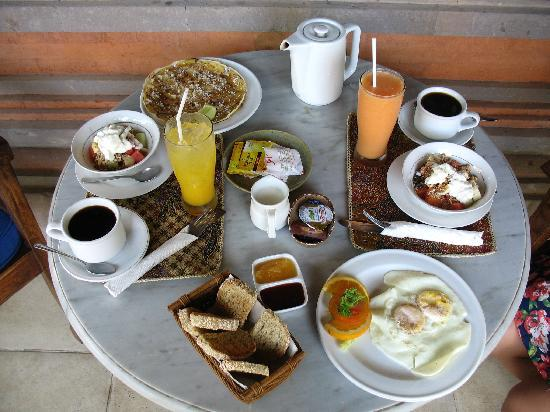 Kebun Indah: Nice breakfast