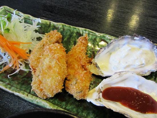 Kakiya : 牡蠣フライ。