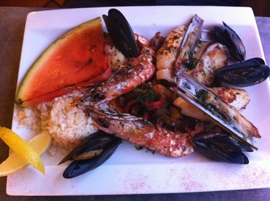 La Dorade: a mix of various seafood