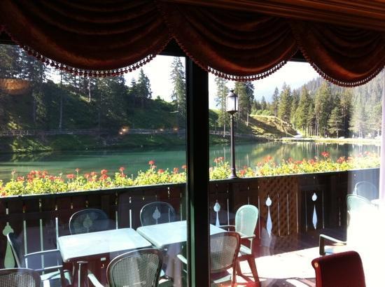 ristorante, terrazza sul lago - Picture of Chalet Al Lago, San Vito ...