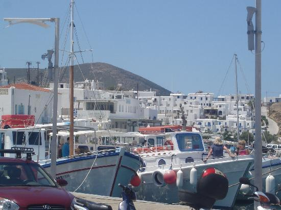 Petres: Port de Naoussa