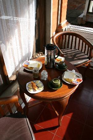 Ubud View Bungalows: petit déjeuner