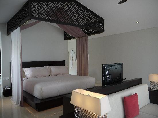 Fusion Maia Da Nang: Grand Beach Villa Bedroom