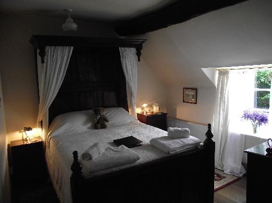 The Severn Trow: The Boatman's Room
