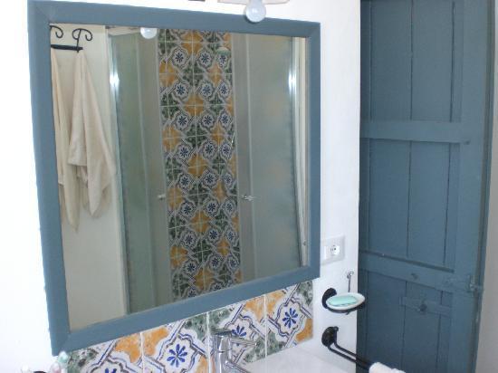 Masseria Acque di Palermo: bagno dell'appartamento