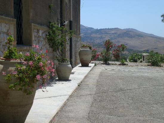 Masseria Acque di Palermo: masseria 2