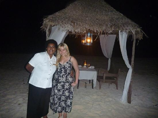 Vatulele Island Resort: One of the lovely staff members before private beach dining.