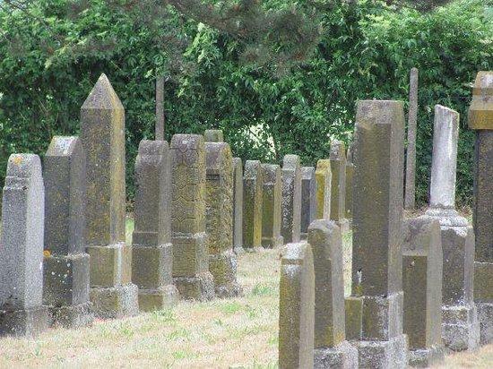 Jewish Cemetery in Bretzenheim