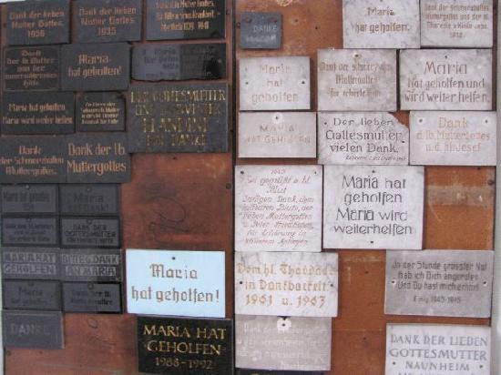 Mertloch, Alemania: votifs