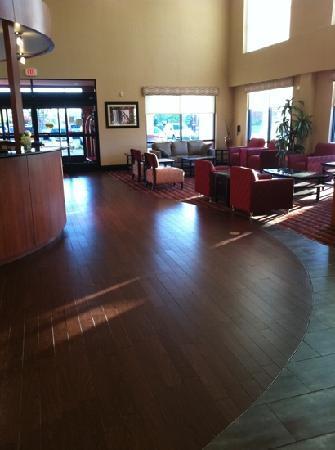 Comfort Suites Wilson I-95: hotel lobby