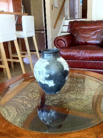 Wilder Farm Inn B&B: Vase we bought from Luke while staying at The WilderFarm Inn