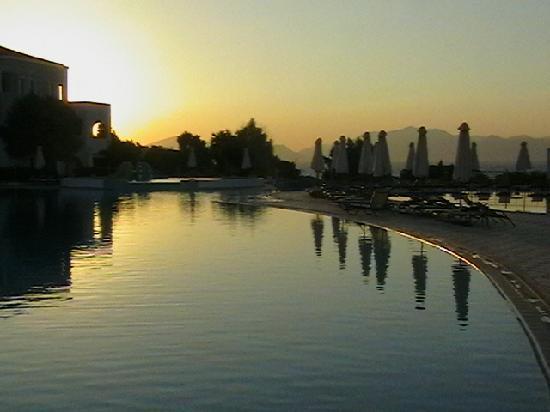 TUI MAGIC LIFE Marmari Palace by Atlantica: una delle molte piscine