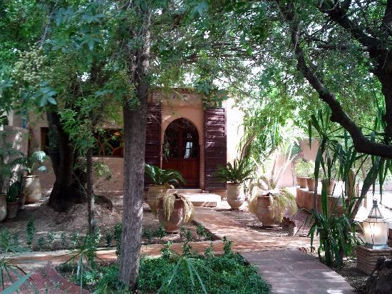 Dar Ayniwen Villa Hotel: Chambre Rotonde dans le jardin