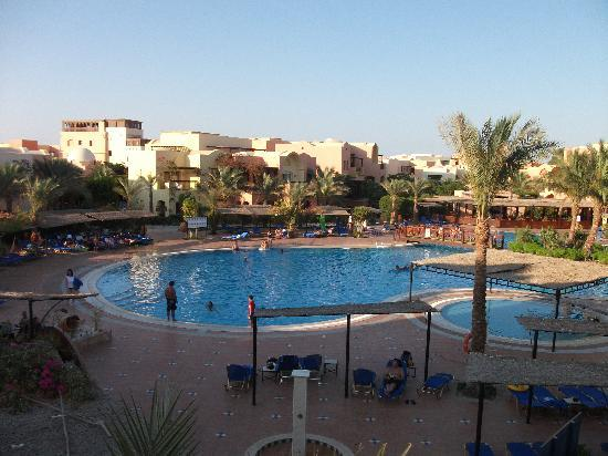 Jaz Makadi Saraya Resort: Noisey Pool