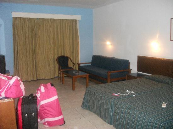 Eleni Holiday Village: Large room