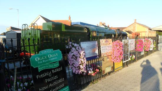 The Parks Guest House: minehead railway