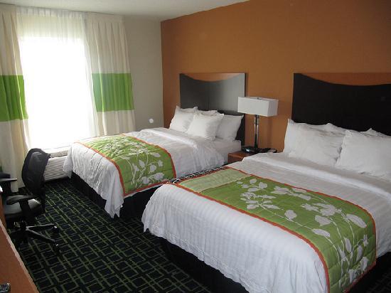 溫尼伯萬豪費爾菲爾德套房度假飯店照片