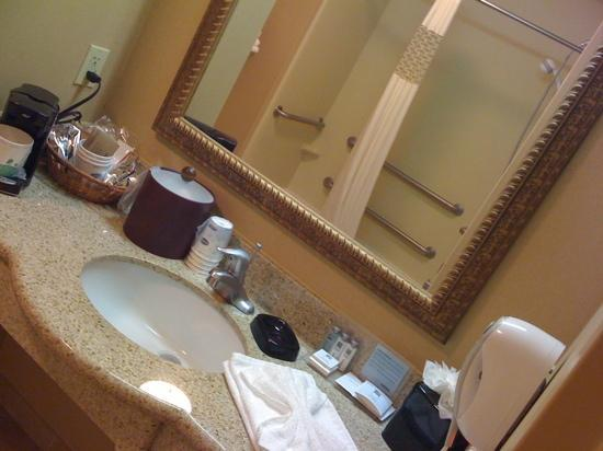 Hampton Inn and Suites Kingman: a little clutter, but, we moved the stuff