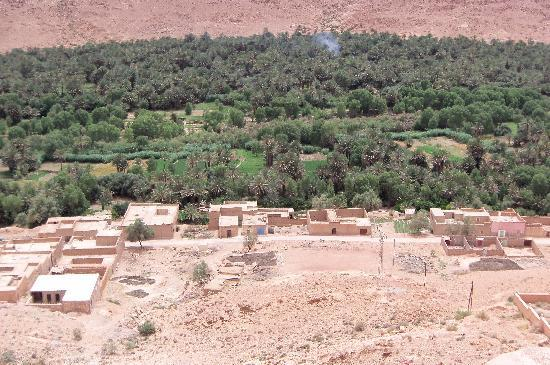 Ligne d'Aventure - Day Tours: Todra Morocco