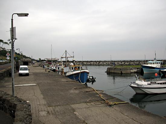Harbour Lights Cafe: View of harbour right by the cafe