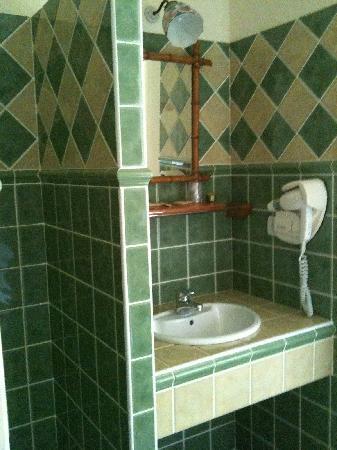 Relais d'Auvergne : salle de bain