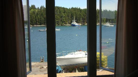 Quahog Bay Inn in Harpswell, Maine: View from the sitting room