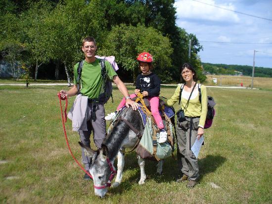 Les ânes de Madame: Nos mines réjouies en disent long non ?