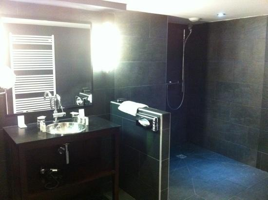 New Hotel Opera: la super salle de bain !