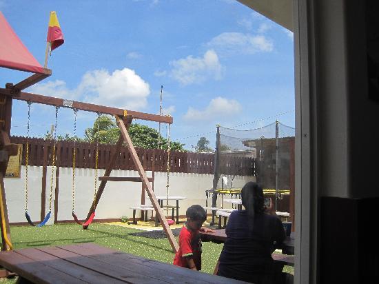 Sheriff Restaurant: Playground