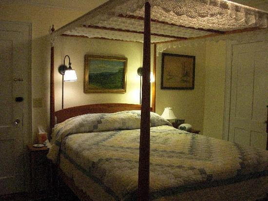 Kenburn Orchards B&B: Isadore Pratt Room