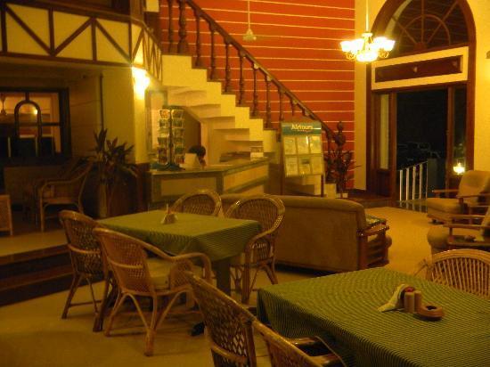 Sunset Beach Hotel: reception