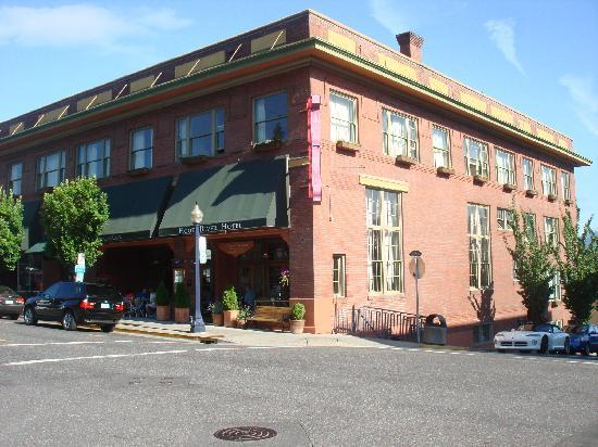 Hood River Hotel : Hotel in town