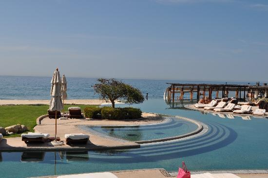 Las Ventanas al Paraiso, A Rosewood Resort: By the pool